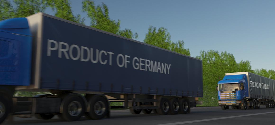 LKW transportiert deutsche Produkte / Quelle: Alexey Novikov-AdobeStock