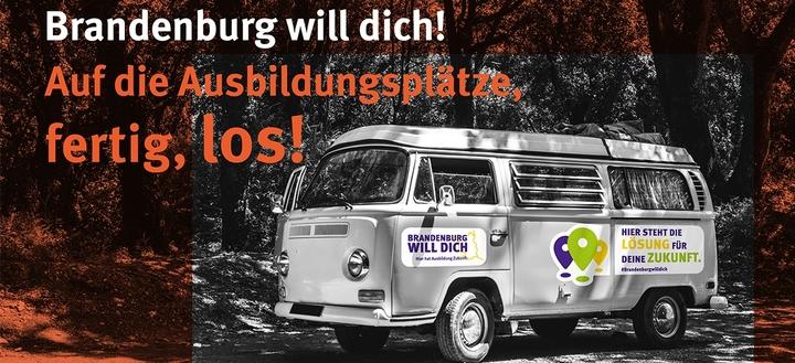 """Bustour """"Brandenburg will dich!"""" - Ausbildungsberater informieren über Ausbildungschancen"""