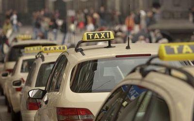 Taxis am Flughafen BER