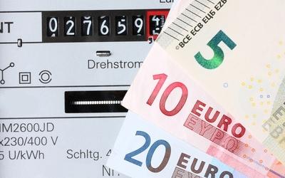 Umfrage zu steigenden Strom- und Gaspreisen - Auswirkungen auf Unternehmen